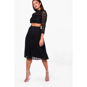 NWT Boohoo Boutique Lace Top and Midi Skirt Set